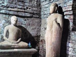 461-polonnaruwa-thuparama-gedige-xii
