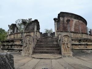 468-polonnaruwa-vatadage