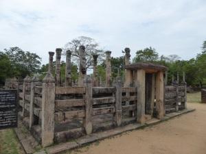 482-polonnaruwa-latha-mandapaya-fines-del-xii