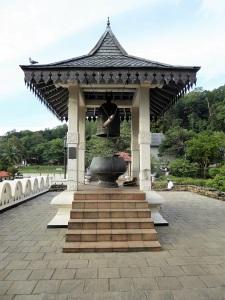 807-kandy-templo-del-diente-de-buda