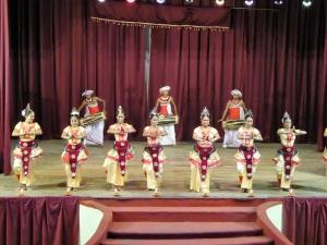826-kandy-teatro-espectaculo-folklorico