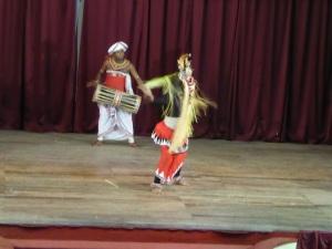 831-kandy-teatro-espectaculo-folklorico