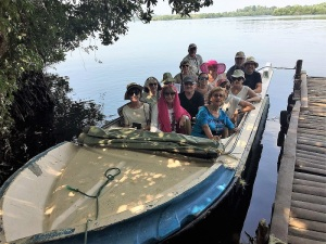1583-paseo-por-rio-y-laguna-madu
