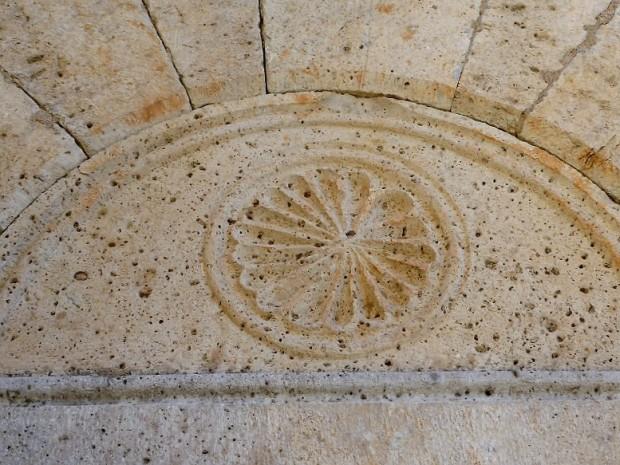 puerta-al-oeste-del-transepto-sur-timpano
