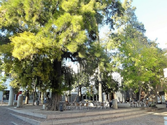 016-cordoba-plaza-jeronimo-paez