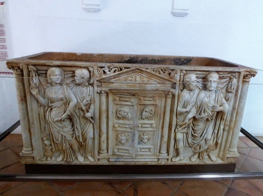 146-cordoba-alcazar-de-los-reyes-cristianos-sarcofago-siglo-iii