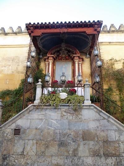 357-cordoba-mezquita-altar-de-la-virgen-de-los-faroles