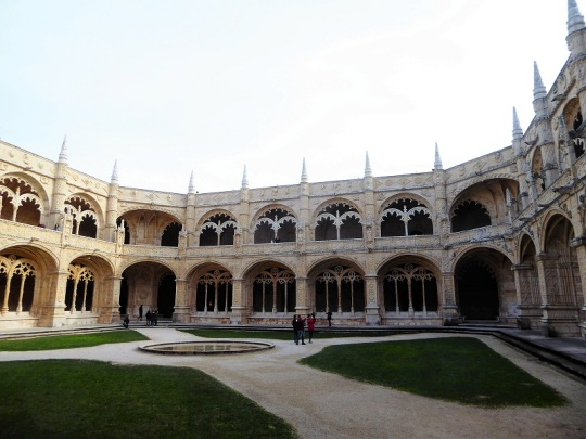 027-monasterio-de-los-jeronimos-claustro