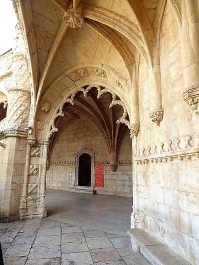 052-monasterio-de-los-jeronimos-claustro-alto