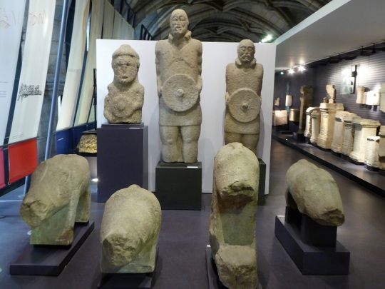 067-monasterio-de-los-jeronimos-museo-de-arqueologia-verracos-y-guerreros-castrenos-siglo-i
