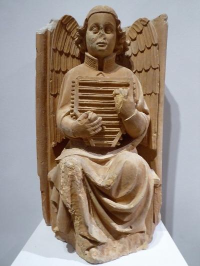 232-museo-nac-de-arte-antiga-angel-musico-taller-del-portal-de-batalha-maestro-huguet-activo-de-1402-a-1438