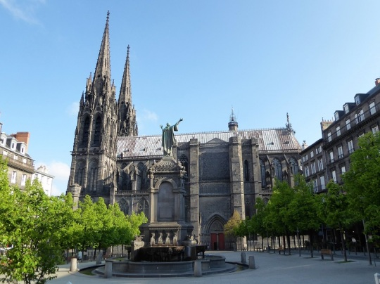 014. Clermont-Ferrand. Catedral