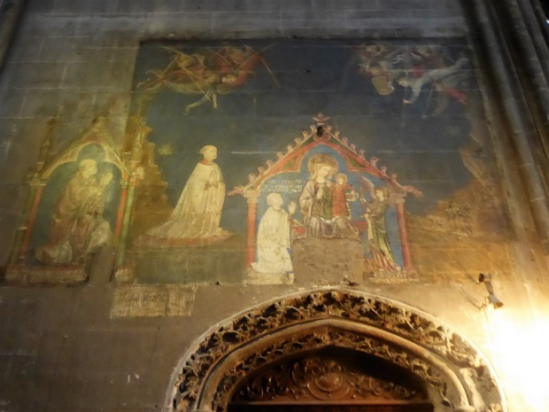 023. Clermont-Ferrand. Catedral. Puerta sacristía. Pinturas