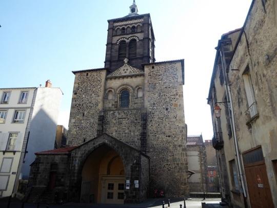 043. Clermont-Ferrand. Notre Dame du Port