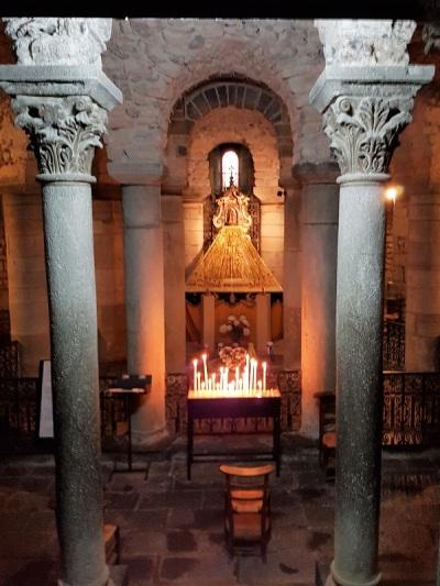 053. Clermont-Ferrand. Notre Dame du Port. Cripta 2
