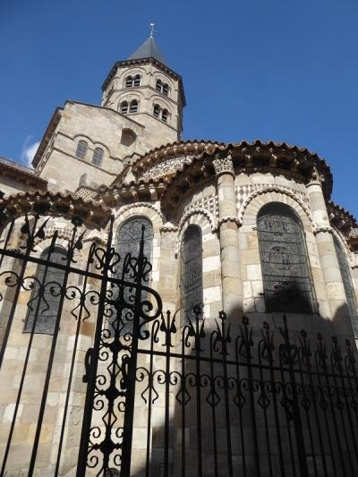 070. Clermont-Ferrand. Notre Dame du Port. Cabecera
