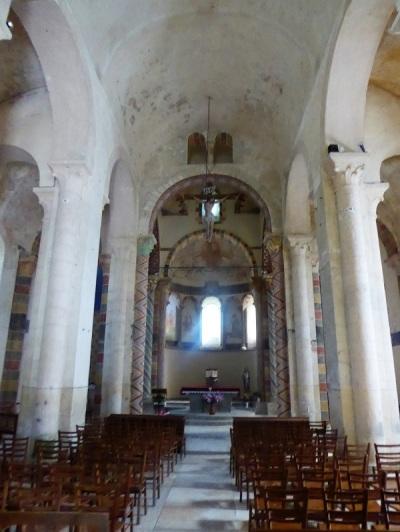 188. Biozat. San Sinforiano. Interior