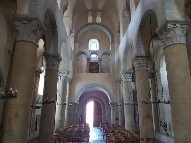 316. Saint Nectaire. Interior hacia los pies