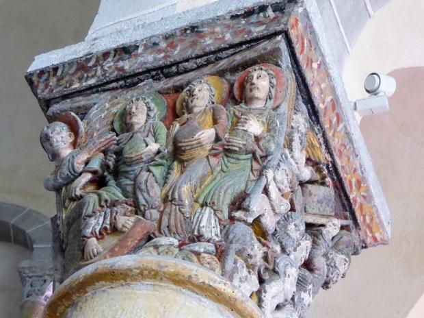 323. Saint Nectaire. Capitel coro. Las santas mujeres