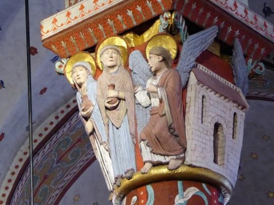 387. Issoire. St-Austremoine. Capitel del coro. La Tumba vacía. las Santas Mujeres