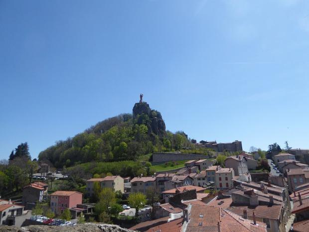 546. Le-Puy-en-Velay. Subiendo a St-Michel-d'Aiguilhe