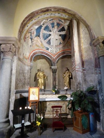 619. Le-Puy-en-Velay. Catedral. Virgen Negra. Capilla este del transepto norte. martirio de Santa Catalina de Alejandría