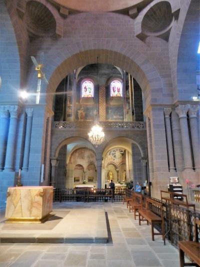 622. Le-Puy-en-Velay. Catedral. Transepto hacia el norte