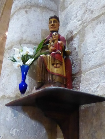 701. St-Gilles. Copia de la Virgen de Nuria, tradicionalmente considerada obra del mismo St. Gilles