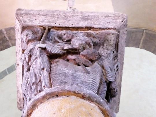 Capitel coro 3. San Nectario cruza el Tíber
