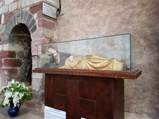 457. Brioude. Virgen parturienta. Siglo XIV