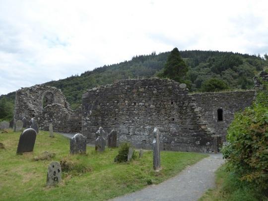 818. Glendalough. Catedral