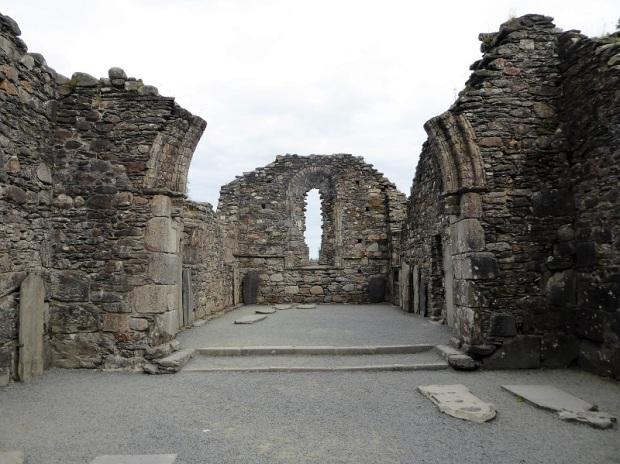 841. Glendalough. Catedral