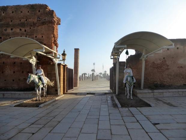 115. Torre Hasan y Mausoleo de Mohamed V. Puerta oeste del recinto