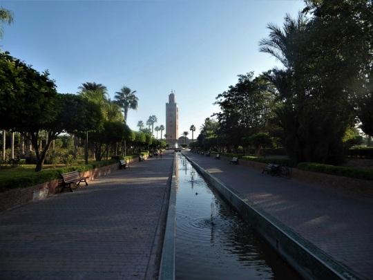 184. Marrakech. Jardines de la Kotubiya