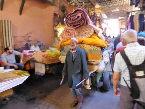 251. Marrakech. Zoco