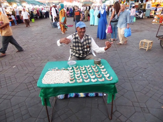 287. Marrakech. Plaza de Jamaa el Fna.JPG