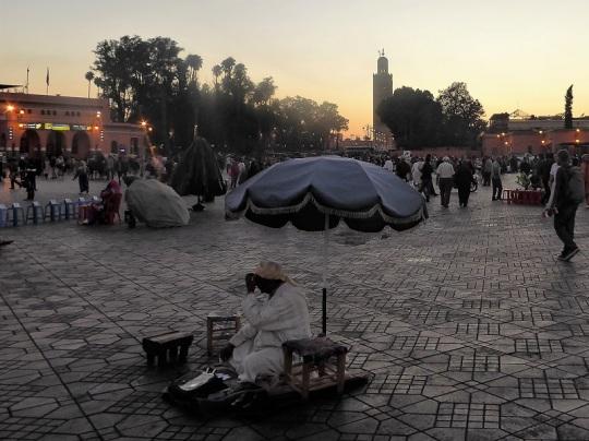 293. Marrakech. Plaza de Jamaa el Fna