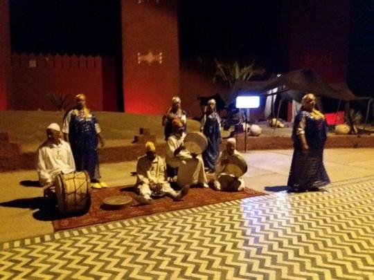 317. Marrakech. cena-espectáculo en Chez Alí