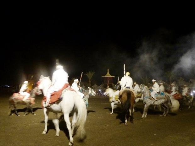 336. Marrakech. cena-espectáculo en Chez Alí