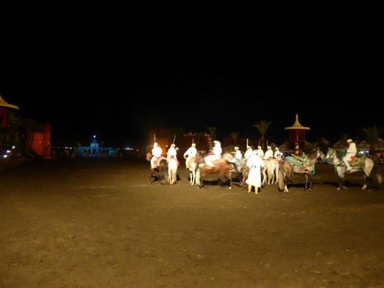 341. Marrakech. cena-espectáculo en Chez Alí
