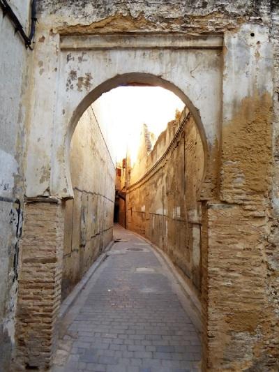 880. Fez. Medina