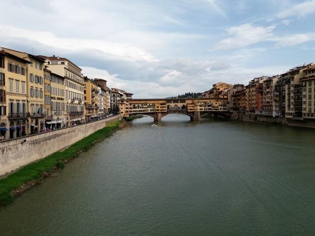 021. El Puente Vecchio desde el puente Santa Trinita