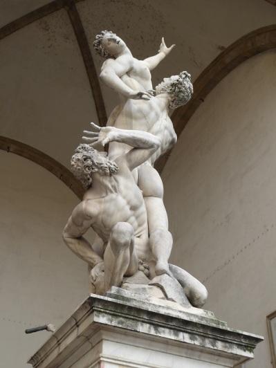 046. Loggia de los Lanzi. Rapto de las Sabinas de Giambologna