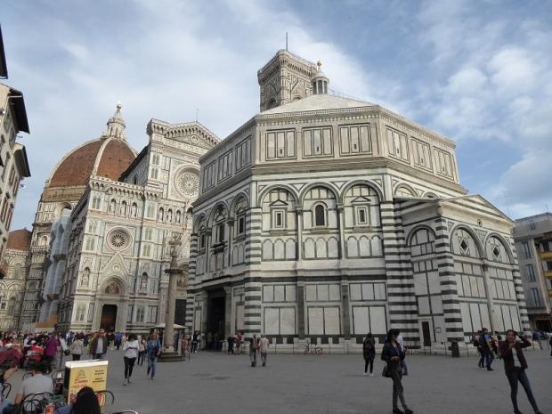 056. Duomo, Batisterio y Campanile