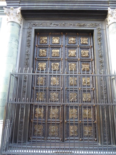 067. Batisterio. Puerta norte. Obra de Ghiberti