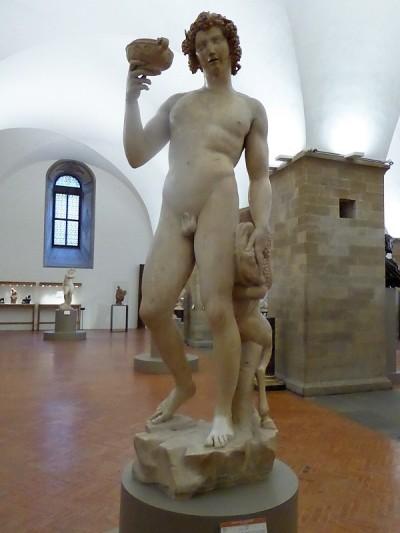 1006. Museo del Bargello. Baco. Miguel Ángel. 1496-1497