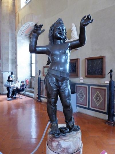 1058. Museo del Bargello. Eros o el dios frigio Atis. Donatello