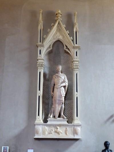 1059. Museo del Bargello. San Jorge. Donatello. 1416-1417. Procedente de Orsanmichele
