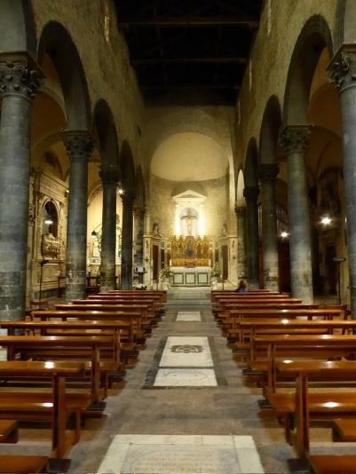 1075. Santos Apóstoles