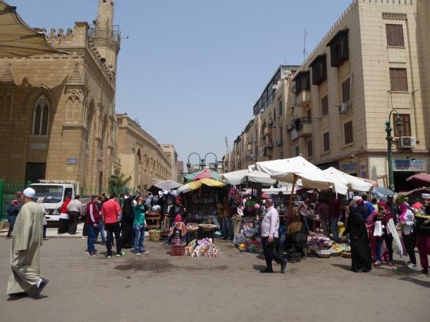 1089. El Cairo. Mercado del Viernes